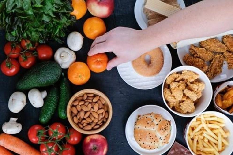 Dieta para las hemorroides: qué comer y qué no